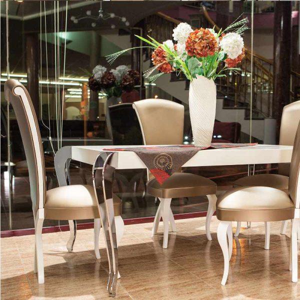 composicion-mesas-y-sillas-plata